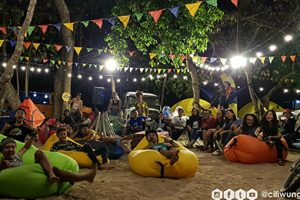 PANTAI MALANG SELATAN, SURGA CAMPING ANTI MAINSTREAM